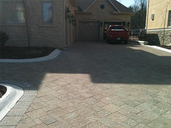 New interlocking driveway services